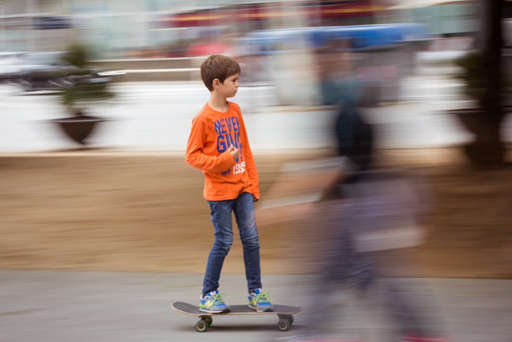 michele catena photography lifestyle spain skater panning barcelona